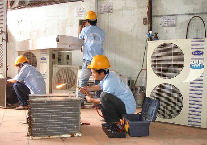 Sửa máy lạnh quận 3